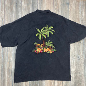 Eagle Dry Goods Co Hawaiian embroidered button up